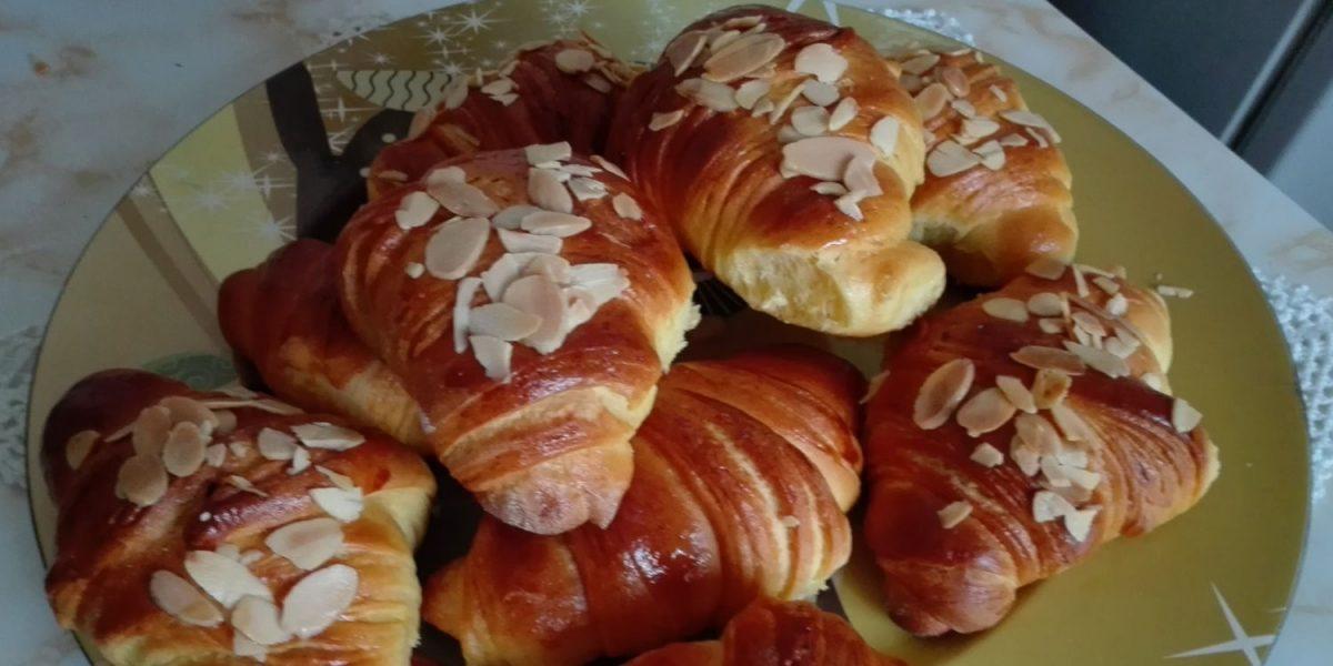 croissants tipo brioche