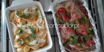 Red Fish Assado no Forno com batatas