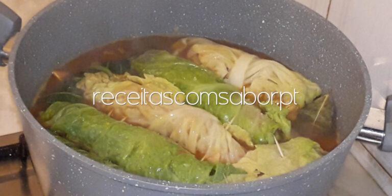 Salsicha fresca com lombarda