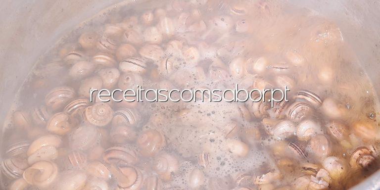 Caracóis cozidos